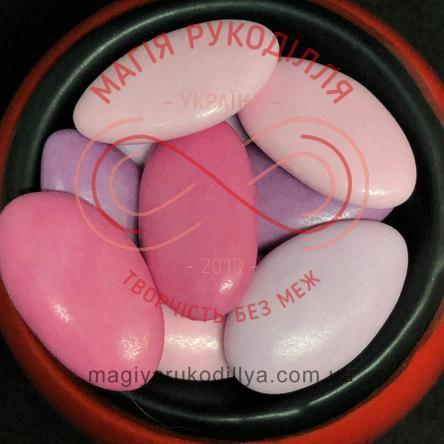 Кондитерське посипання шоколадні мигдалинки глазуровані - бузково-рожеві
