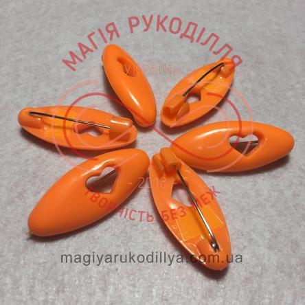 Шпилька англійська пластикова основа 4см серце - помаранчевий
