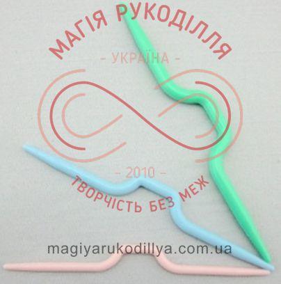 Допоміжний інструмент для в'язання - додаткова спиця для кіс пластик фігурна (по штучно)