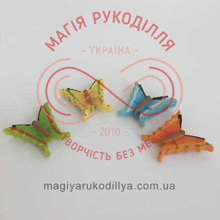 Метелик на липучці 20мм/пластик - блакитний, жовтий, помаранчевий, салатовий