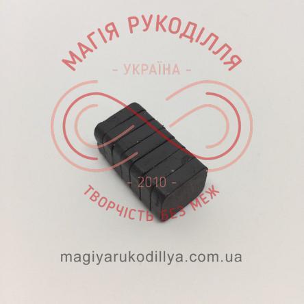 Магніт феритовий 15мм*13мм*4мм - чорний
