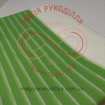 Калька пакувальна двостороння - біло-салатові смужки